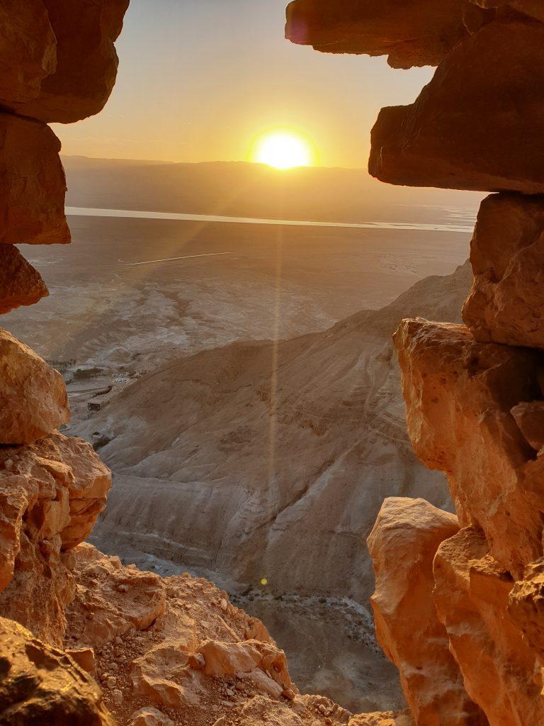 Sonnenaufgang über Masada